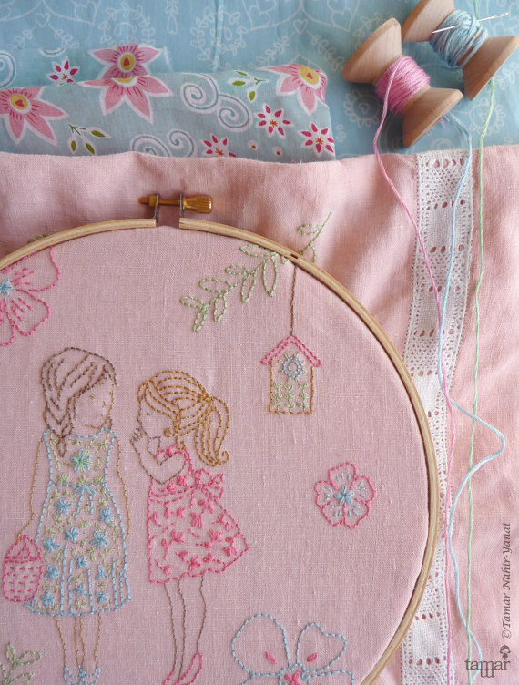 2 niñas y un secreto - Embroidery pattern